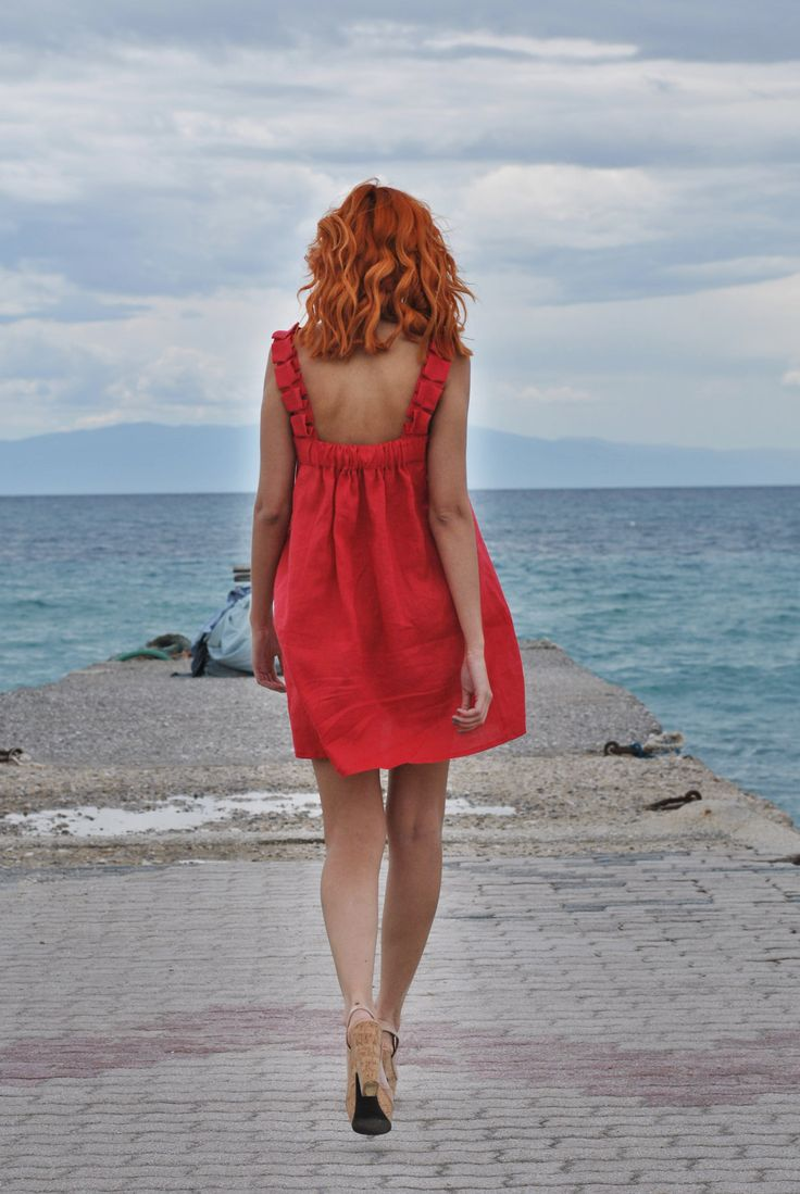 http://www.mumusyros.gr/e-shop/collections/spring-summer-2014/aphrodite-dress-detail.html eco fashion Greece