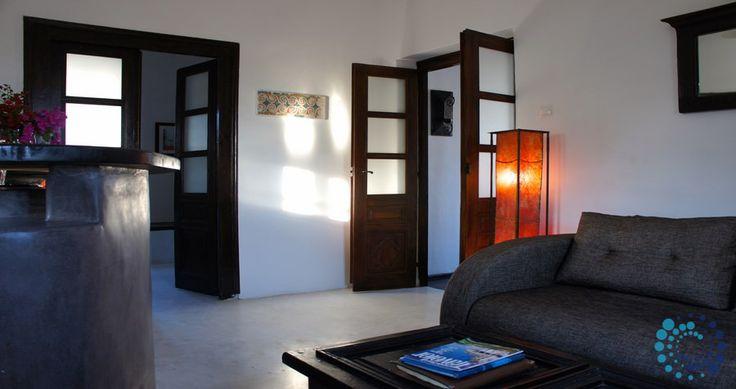 "Welcome to the ""Villa Kyani"" in Santorini, Greece. Your #luxury #villa #rent #greece #greek #island #vacances #grece #mygreekvilla #alouer"