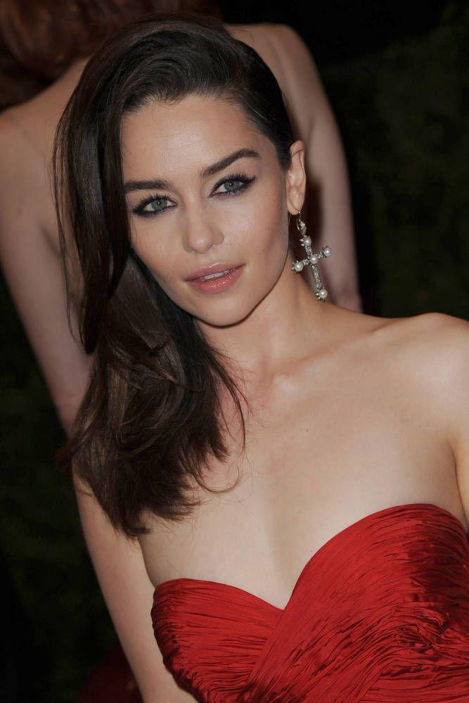 Emilia Clarke#zubair1maher