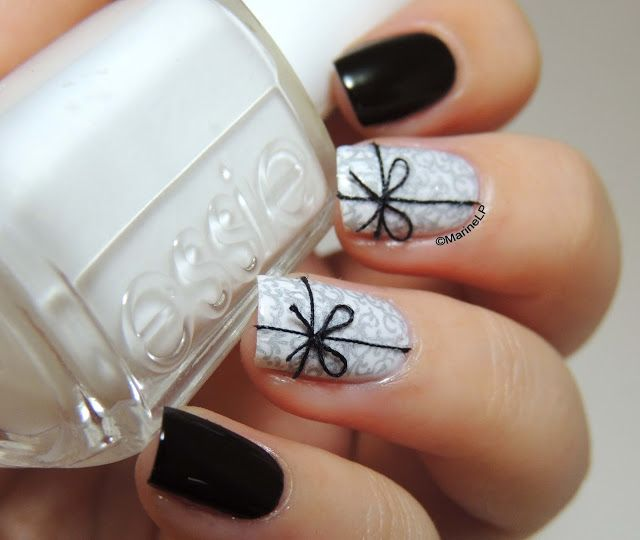 Nailstorming - Merry Christmas - Christmas Nails - Festive Nails - Gifts Nails - Presents Nails - Stamping - Gals - Ongles Papier Cadeau