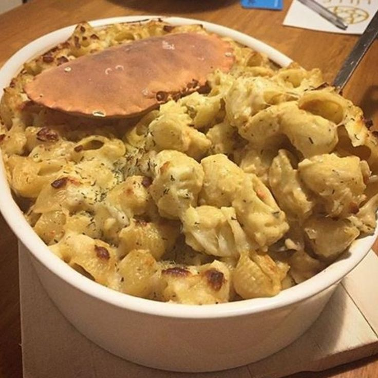 Dorset crab Mac and Cheese made with 24 Month Comté by @annixontong