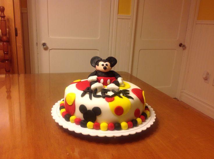 Gâteau Mickey Mouse fondant et dodu