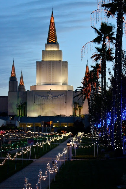 Mormon Temple Oakland California one of my favorite spots to view the lights of Oakland, San Francisco, the Bay and the bridges at night. Unbelievably beautiful!