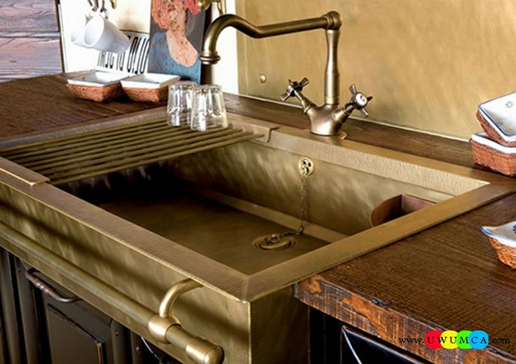 Bathroom:Old Styled Brass Sinks Contemporary Modern Artisan Crafted Sinks Handcrafted Vessel Metal Sink Bathroom Interior Furniture Decor Design Ideas (2) Eco-Conscious, Artisan Crafted Sinks Sparkle With Contemporary Class