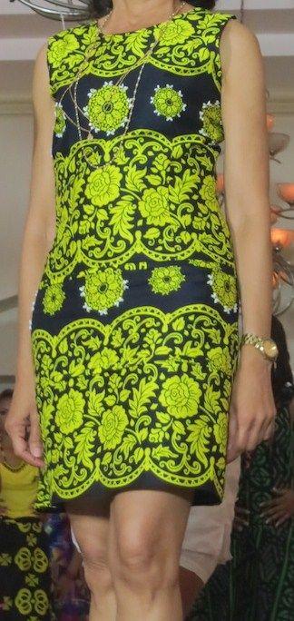 Vestido confeccionado con tela Saburete. Siguenos en facebook Guaira by J&T