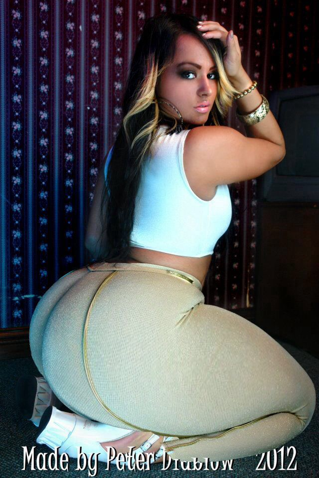 Small tits chubby girls