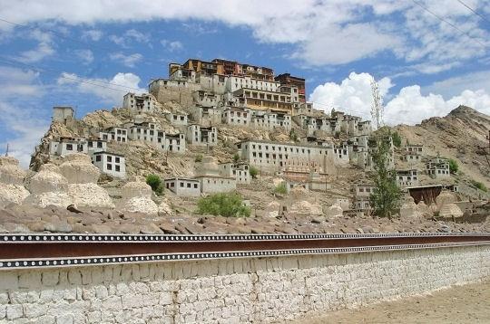 Monastère de Tikse dans le Ladakh - Inde du nord - L'Internaute Voyager