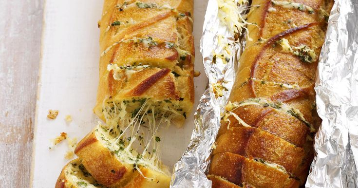 Cheesy Garlic Baguettes Recipe, from Recipes-Plus.com