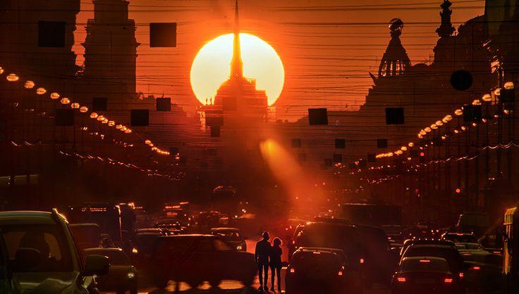 Город Санкт-Петербург весь соткан из тайн, загадок, мифов и легенд. Загадочна даже цель его создания – вроде бы царь Пётр хотел сделать плохо шведам,
