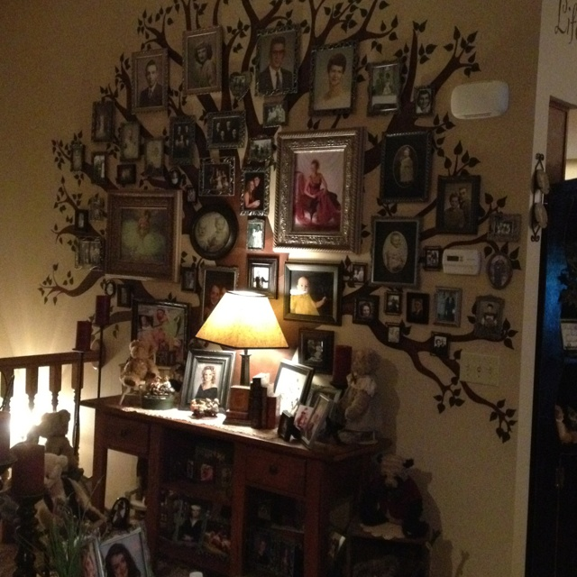 New Family Tree Mural At My Moms House! Love It! Part 67