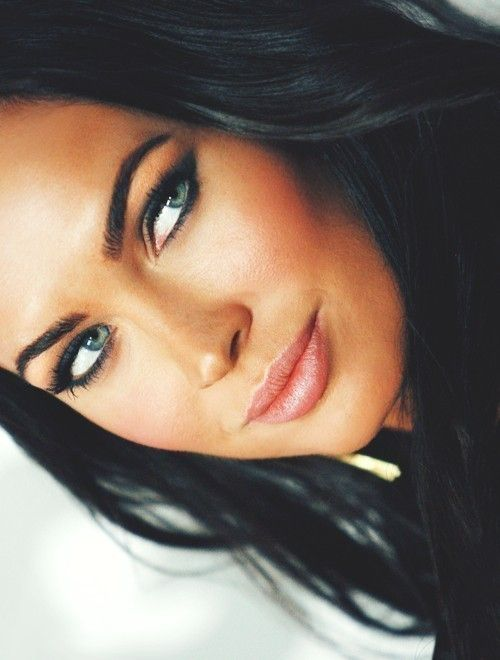 Megan Fox- dark hair, dark eye makeup