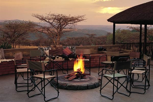 Find your South-African family at the Fugitive's Drift Lodge, where you are more than just a guest, you're a member of the clan.