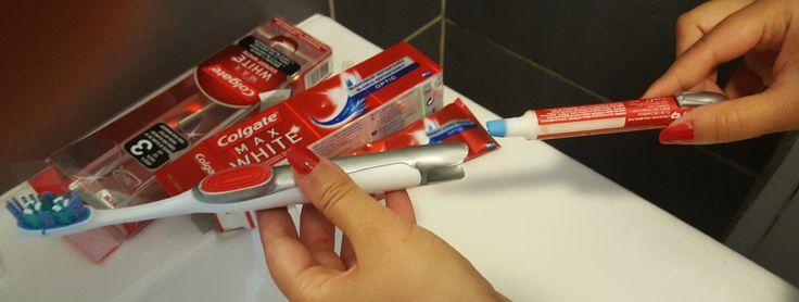 Stylo Blancheur Colgate et sa brosse à dents