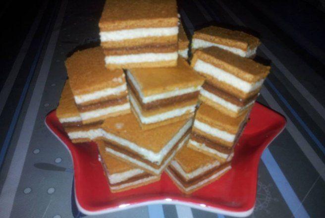 Retete Culinare - Albinuta - foi cu miere