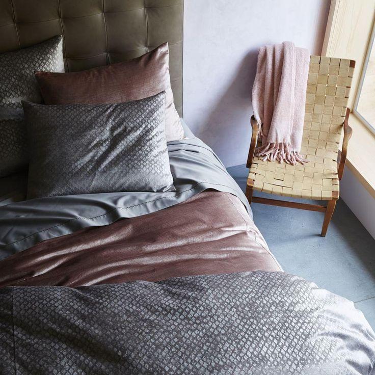 Washed Cotton Luster Velvet Quilt Cover + Pillowcases - Dusty Blush   west elm AU