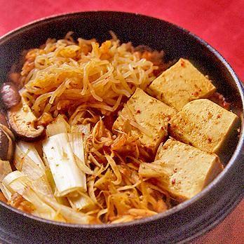 精進キムチすき焼き   久保香菜子さんの鍋ものの料理レシピ   プロの簡単料理レシピはレタスクラブネット