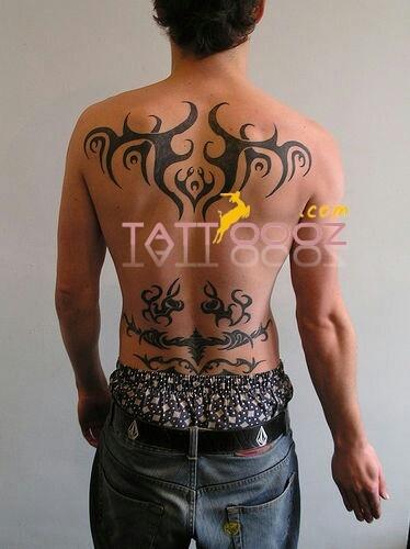 Upper back tribal tattoos on full back of men 39 s visit http for Simple back tattoos for guys