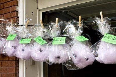 cotton candy with spiders in cellophane bags