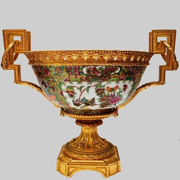 Centro de mesa em bronze Ormolu no estilo Luis XVI co..