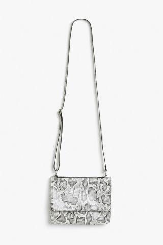 Monki Envelope flap bag in White