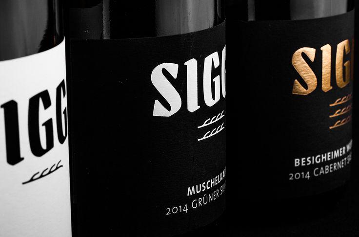 Weingut Siggi Mayer  #CorporateDesign #Branding #Wein #Labeling #Typografie #BueroMedienagenten