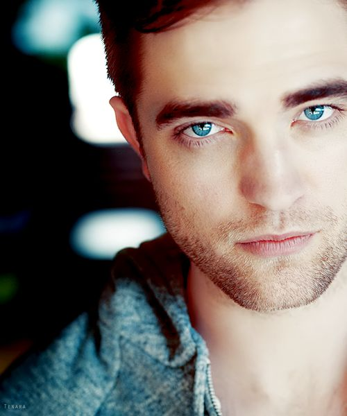 Robert Pattinson-hey don't judge. It's impossible Not to want him if you've seen the Twilight Movies. We all dream of an Edward of our own.