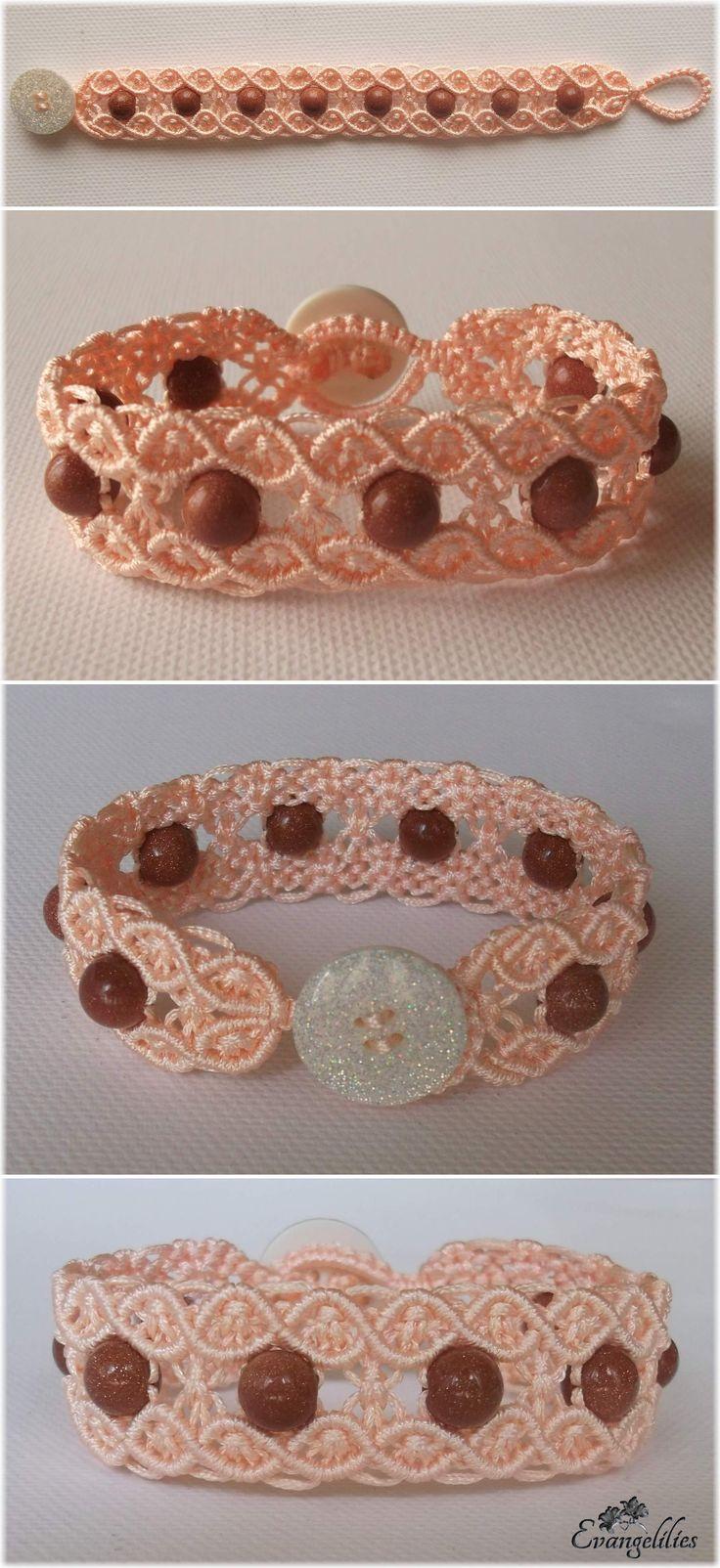 Macrame double wave bracelet with Goldsand stones. Video tutorial by Macrame School: https://www.youtube.com/watch?v=XTk_yqhGwiA