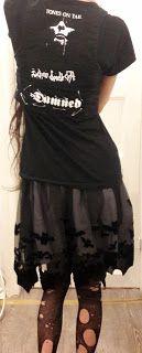 Caroline Sometimes: Threat Level: Pumpkin!  #goth #outfit #halloween #diy