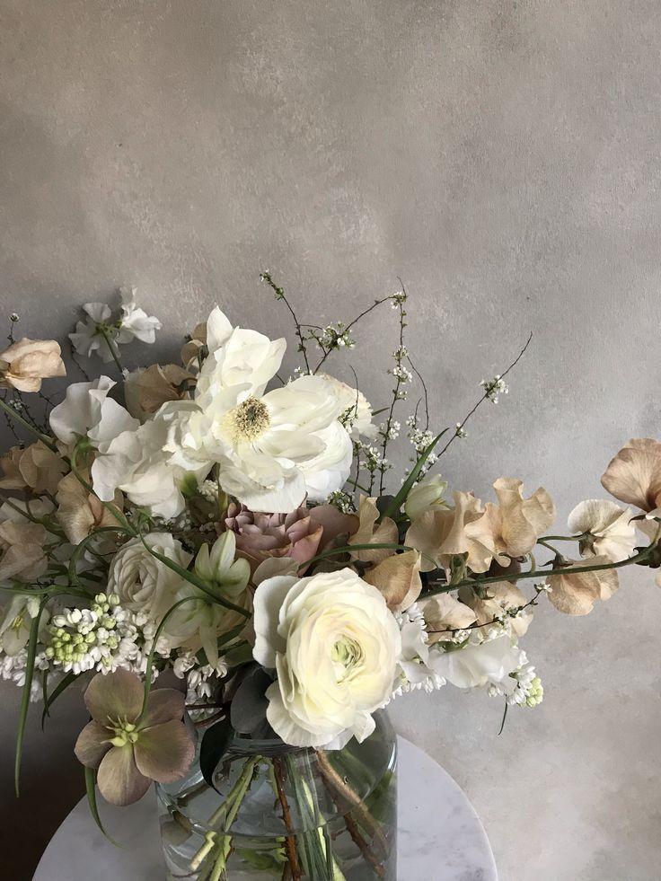 Flowers White Flower Arrangements Floral Arrangements Wedding Floral Wedding