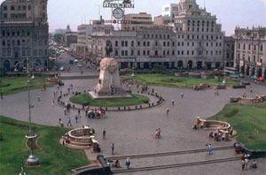 plaza-lima-peru