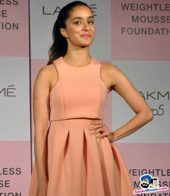 Lakme 9 to 5 Weightless Mousse Foundation Launch -- Shradha Kapoor Picture # 328102