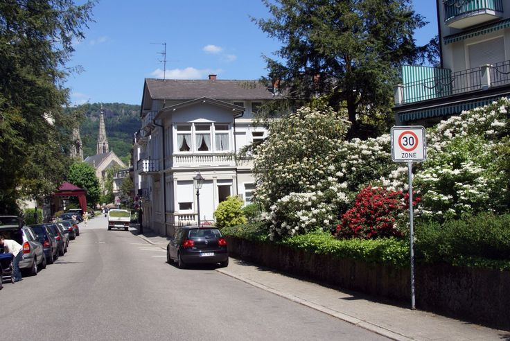 Baden Baden - Schillerstraße - View NNE