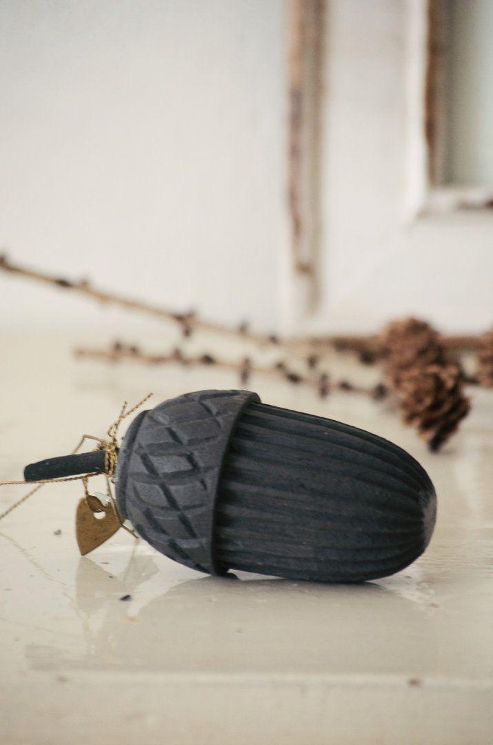 Acorn Wood Black Eichel Holz Schwarz Walther & Co