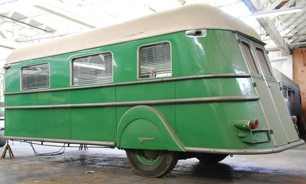 9484481_5_l-1935-Curtiss-Aerocar-trailer.jpg