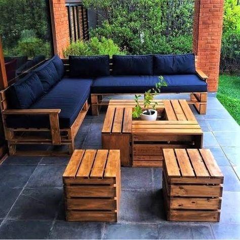 Top 50 DIY Pallet Sofa Ideas