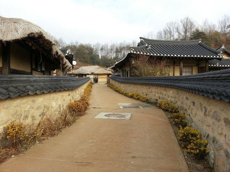 http://blog.naver.com/usd0117/20201114764  경북 영주시 문수면 무섬마을 Gyeongbuk Yeongju-si Munsu-myeon Museom village 慶尙北道 榮州市 文殊面 www.무섬마을.com