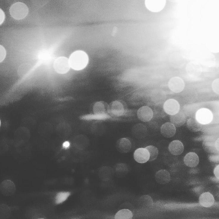 Ciudad Bipolar #lluvia #santiago #chile