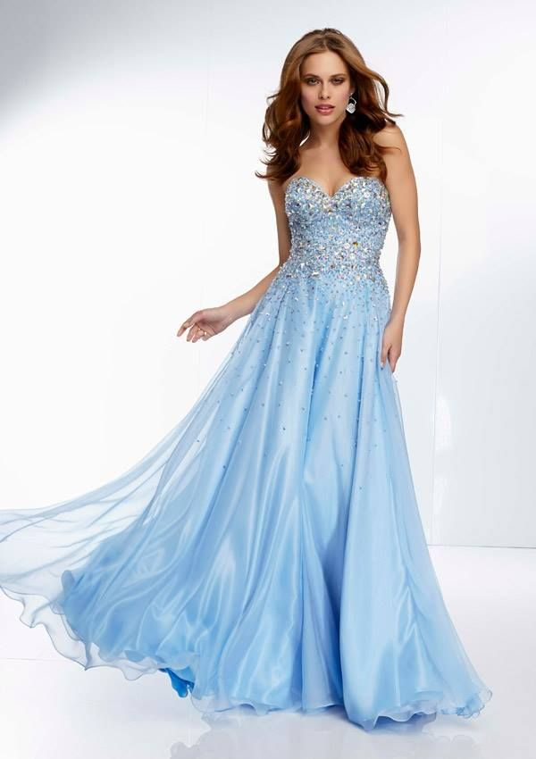 Style YAZXO Jewel Beaded Bodice on a Tulle Ball Gown  Corset Tie Back. Colors Available: Blush, Bahama Blue. Sizes Available: 0-24.  Precio :$1.300.750 Pesos Colombianos Precio : $ 722 Dolares Americanos
