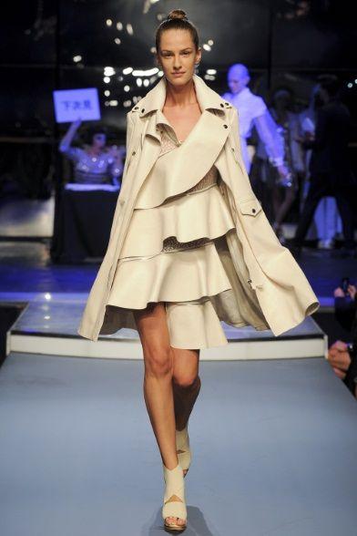 Sfilata Jean Paul Gaultier Paris - Collezioni Primavera Estate 2014 - Vogue