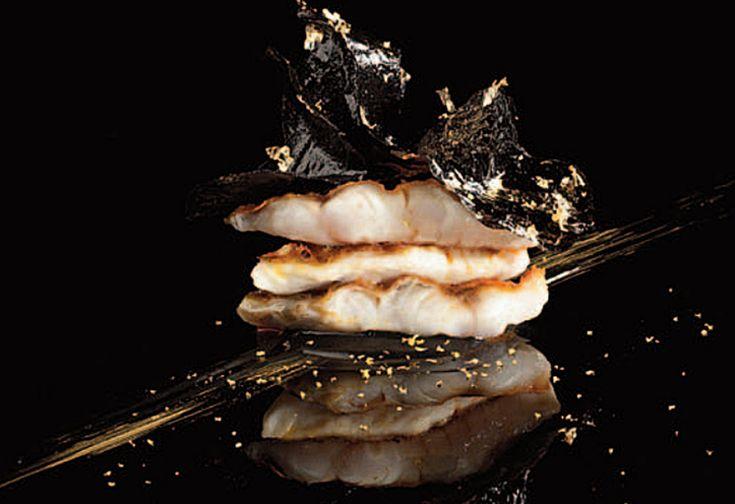 Crema De Arroz Negro Con Salmonetes De Susi Díaz  | Gastronomía & Cía