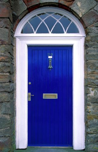 Call me crazy...but I think the new house needs a Thunder Blue (and Tiger Blue) front door.   Yes... I think this should happen!!!