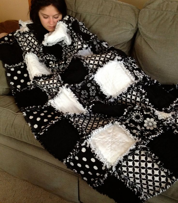 Bold Graphic Black and White Rag Quilt Adult size by ZeedleBeez