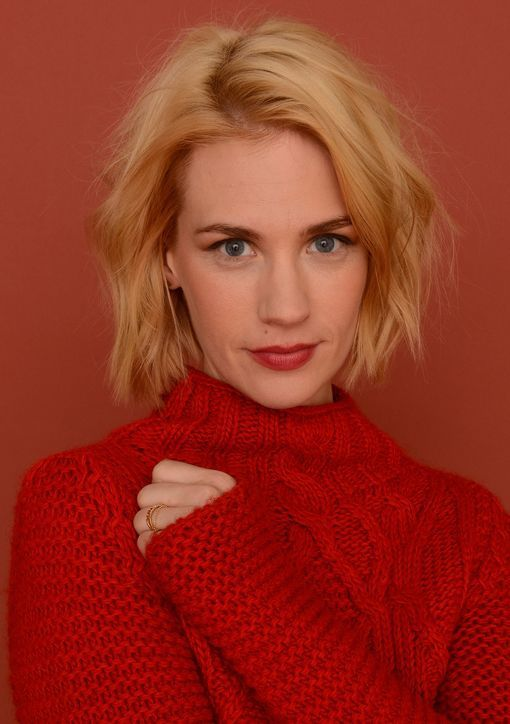 The lovely January Jones sporting a textured, modern bob