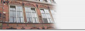 ZEEHELDENBUURT / DIEMENSIE - Dit kleinschalige bedrijfsverzamelgebouw is gevestigd in de Industrieschool voor meisjes. 25 units aan kantoorruimte voor startende en kleine ondernemers. Eigenaar is Stichting Diemensie zelf. Adres: Van Diemenstraat 220