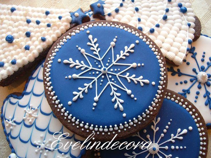 Biscotti natalizi - http://blog.giallozafferano.it/evelindecora/biscotti-natalizi/#