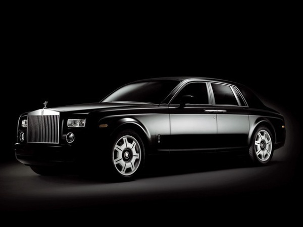 Rolls Royce Phantom.