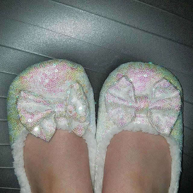 New shiny pricess #slippers... Basically walking in a sequin winter #wonderland! 💎🐧❄️⛄️    #Regram via @homeinhighheels