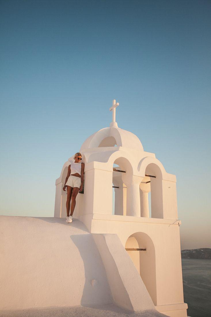 Eva Rendl Portrait & Lifestyle Photography Eva Rendl Portrait & Lifestyle Photography #nalasu #santoriniphotography #photoshoot #santorini #portrait #santoriniphotographer #greekisland #fira #fashionblogger