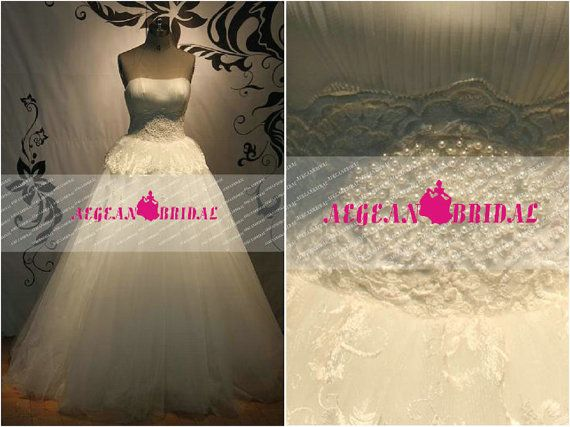 Hey, I found this really awesome Etsy listing at https://www.etsy.com/listing/198261011/rw208-fairy-style-lace-wedding-dress