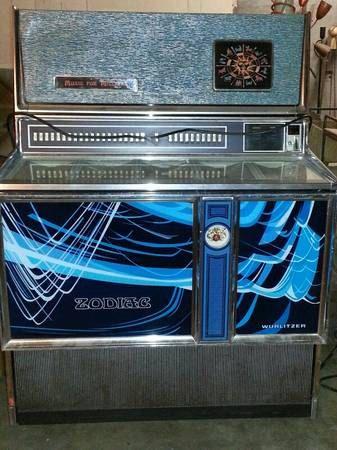 1970s Vintage Wurlitzer ZODIAC Jukebox Series 3500 by Digsmodern